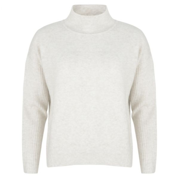 Sweater col cable knitting